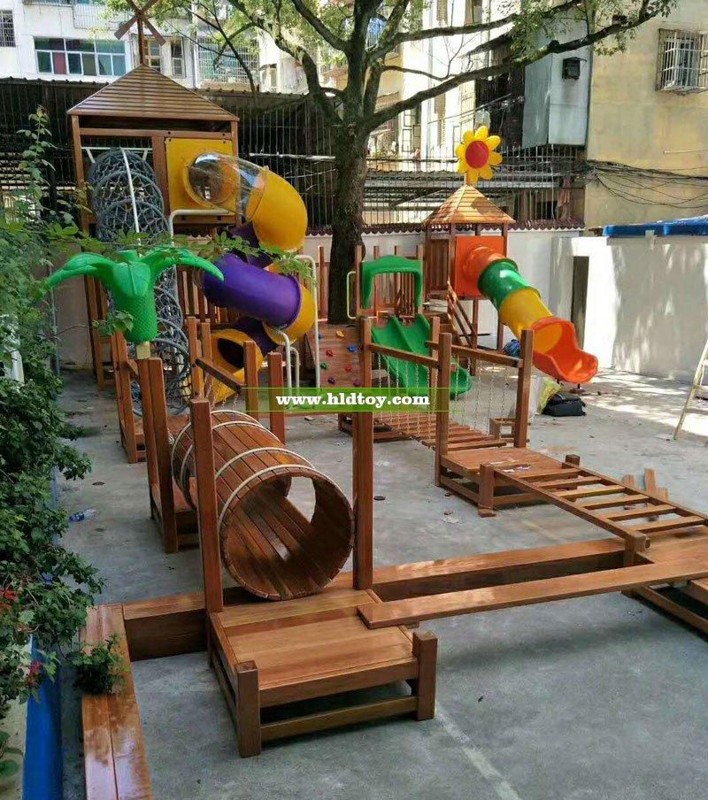 江西石城县伟才幼儿园组合拓展滑梯