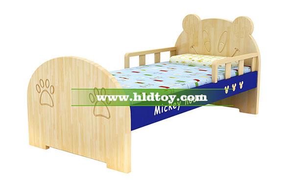 幼儿园专用卡通小床单人木板床 可爱儿童床